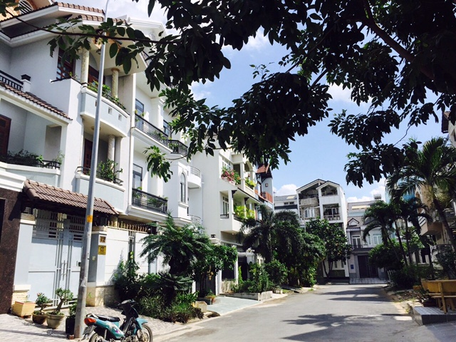 Bán nền đất Lô góc 2 mặt tiền dự án Phú Nhuận Đường 25 Phạm Văn Đồng