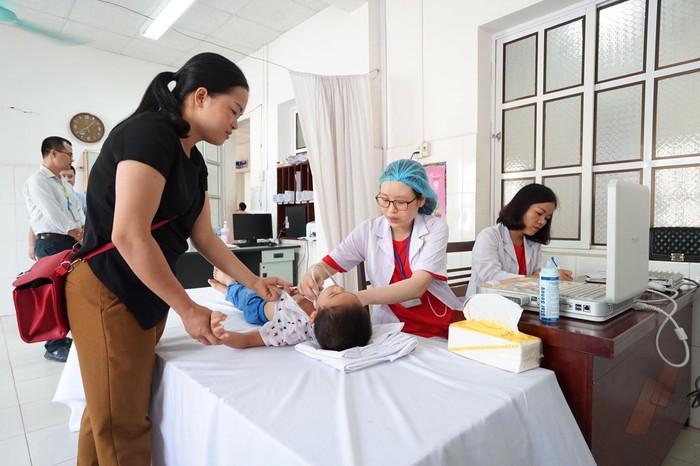 Gần 2.500 trẻ được khám tim miễn phí